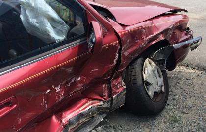 skup aut powypadkowych i uszkodzonych na części