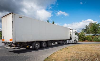 skup naczep ciężarowych