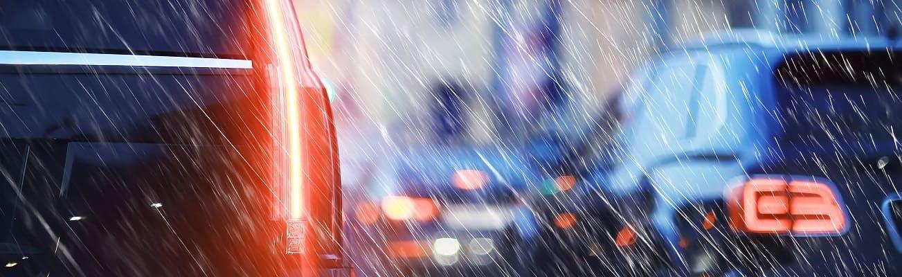 Dlaczego pogoda może mieć znaczenie przy sprawdzaniu auta?